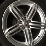 Audi Q7 repaired alloy wheel in Peterborough