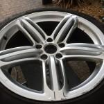 Audi Q7 Alloy wheel removed