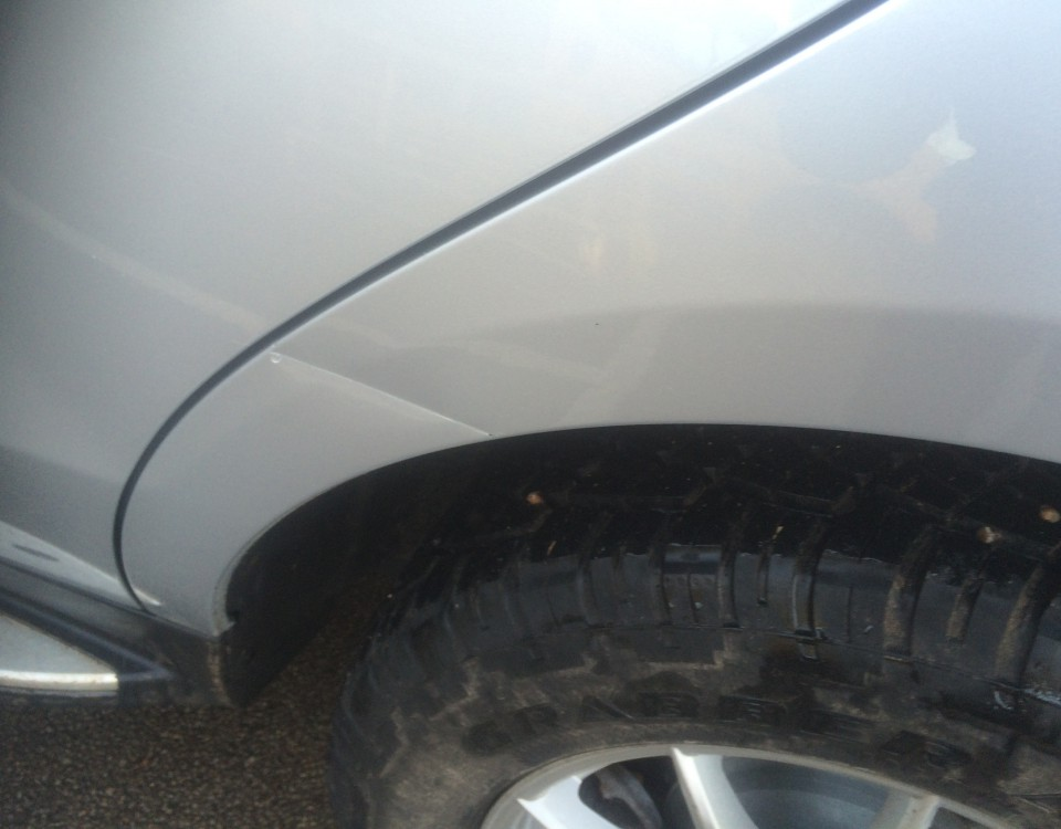 Damage on rear 1/4 mercedes